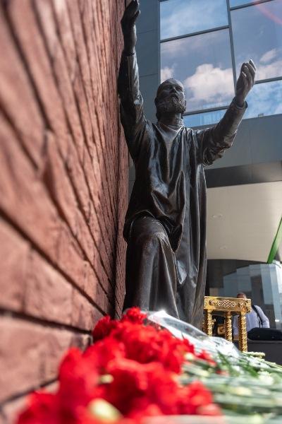 Открытие мемориала памяти новомучеников