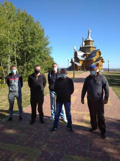 Осужденные участка колонии поселения ИК-6 посетили Пещерный храм г. Валуйки