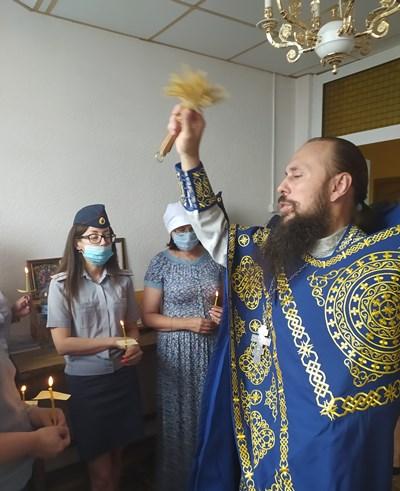 Иерей Вадим Багнетов совершил Водосвятный молебен